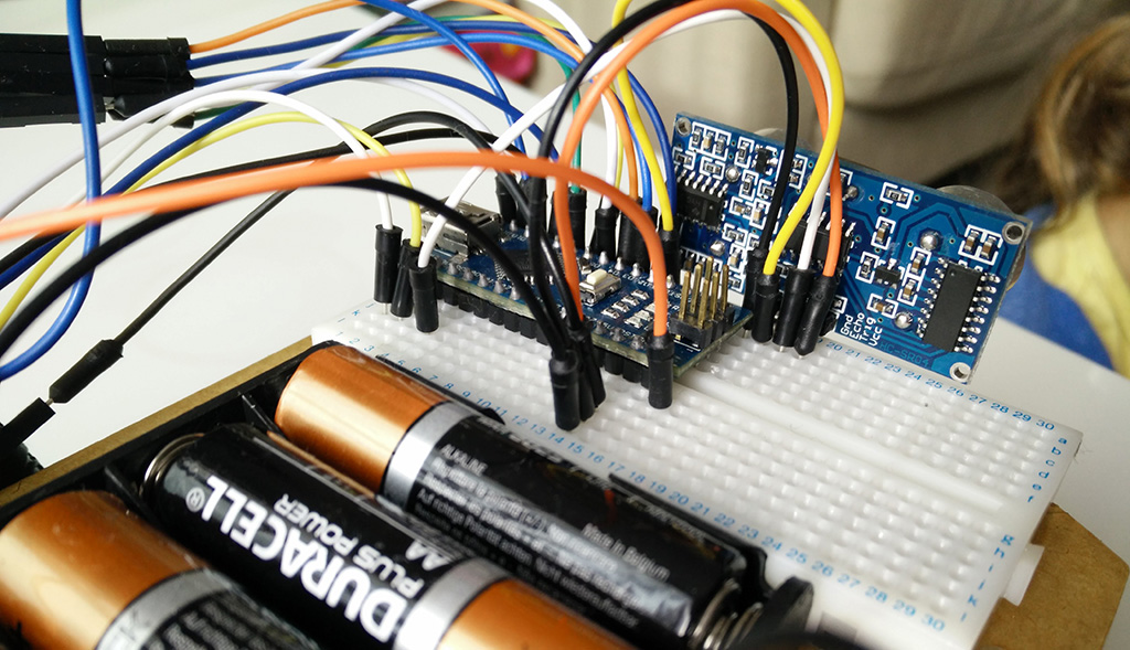 Arduino Robot Car building with children